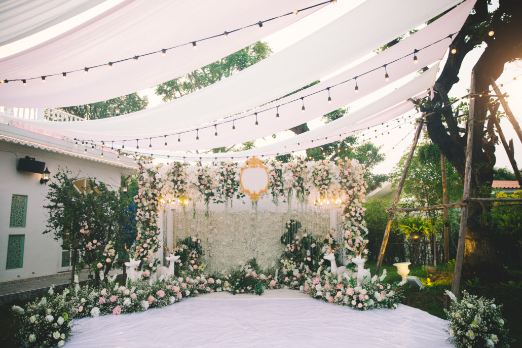 How to Decorate a Backyard Wedding | Event Rentals by Hicks
