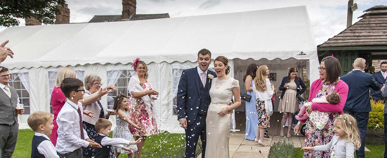 Outdoor Weddings Can Beat The Weather